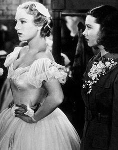 Virginia Field and Vivien Leigh in Waterloo Bridge (1940)