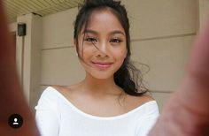 Ylona Garcia Ylona Garcia, Filipina Beauty, Pure Beauty, Face Claims, Woman Crush, Pretty Woman, Photo Shoot, Short Hair Styles, Idol