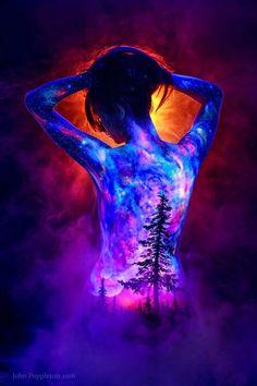 Fantasy Forest Fire by John Poppleton Body Painting Pictures, Painting Videos, Fantasy Forest, Fantasy Art, Photographie Art Corps, Transférer Des Photos, Art Tumblr, New Retro Wave, Art Tribal