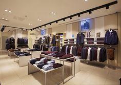 Солидный дизайн магазина классической мужской одежды