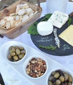 Creative way to display the food choices and pairings
