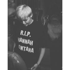 #miley #mileycyrus #rip #hannahmontana #blonde #black #white #grunge