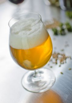 kolsch recipe comes from AHA Ninkasi Award winner and current BJCP President, Gordon Strong. Look for his upcoming book Modern Homebrew Recipes. Brewing Recipes, Homebrew Recipes, Beer Recipes, Beer Mash, Ale Recipe, Blonde Ale, White Blonde, Belgian Beer, Home Brewing Beer