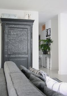 Homes with Heart: High Contrast in a Blogger's Amsterdam Abode | decor8