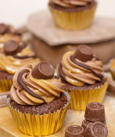 cupcake rollo brownie