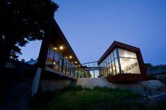 Išskirtinės architektūros individualūs gyvenamieji namai Lietuvoje - Miestai ir architektūra