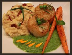 Seared Sea Scallops with Bacon Chive Risotto, Roasted Carrots with Fennel Pollen and Pea Puree  LOVE, LOVE, LOVE Scallops!