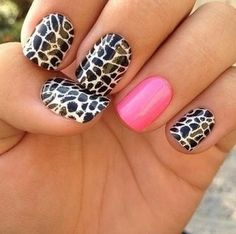 Cute but the pink should be on every nail and the cheetah print on one :)