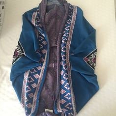 BNWT Francesca's Collection Cardigan ! Super cute Francesca's collection woven cardigan with beautiful tribal print ! Pretty long so can be worn with a dress ! Francesca's Collections Sweaters Cardigans