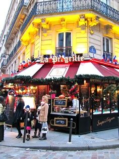 You might not be able to make it to Paris..so instead we are bringing Christmas in Paris to you today! Come and show...snack on baguettes and see the lights