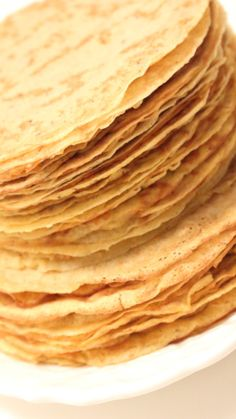 Gluten-Free Grain-Free Keto perfect for Diabetics Flourless Keto Crepes are here for all. ketocrepes Gluten-Free Grain-Free Keto perfect for Diabetics Flourless Keto Crepes are here for all. Low Carb Crepes, Low Carb Bread, Low Carb Keto, Keto Recipes, Snack Recipes, Dessert Recipes, Cooking Recipes, Keto Friendly Desserts, Low Carb Desserts