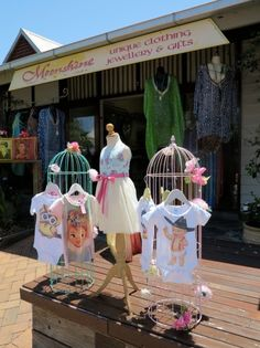 How to show like a celebrity in Port Douglas #howto #shop #tropicalnorth