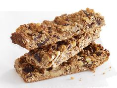 Fig-and-Walnut Energy Bars: These super-fast granola bars are ready in less than 30 minutes, and the recipe makes enough for snacks all week long! Or, wrap them individually and freeze for up to three months.