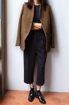 Trendy How To Wear Brogues To Work Fashion Fashion Mode, Minimal Fashion, Work Fashion, Fashion Looks, Womens Fashion, Fashion 2018, Minimal Outfit, Street Fashion, Fashion News