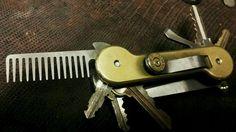 Keybar with a beard comb