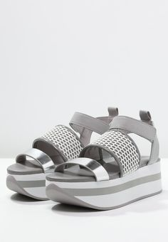 1d0d67fc3 DKNY VALENE - Platform sandals - charcoal white for £110.00 (06 02