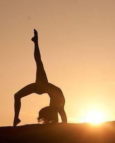 Reposting @toni_tj5: . · · · #sunset #yoga #yogaeverydamnday #sky #sunsets #sunsetlovers #yogalove #sunset_pics #sunsetporn #sunset_hub #sun #nature #yogainspiration #clouds #yogi #sunset_ig #yogajourney #landscape #skyporn #yogachallenge #sunsetsky #yogateacher #yogapants #photography #yogalife #yogagirl #yogaaddict #sunsetpic #yogini #sunsethunter