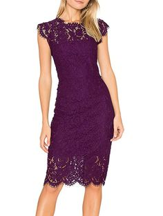 With these 18 rehearsal dinner dress ideas, you'll look like a million bucks without spending it. These rehearsal dinner dresses come in so many colors and patterns and can easily be dressed up or down depending on the venue and vibe of the event. #weddingguestdress #weddingguestoutfit #rehearsaldinnerdress #dressestoweartoawedding #southernliving Short Lace Dress, Floral Lace Dress, Short Dresses, Elegant Cocktail Dress, Evening Cocktail, Evening Party, Robe Swing, Sr500, Rehearsal Dinner Dresses