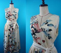 Classical patterns kimono jumper wrap dress - hand-drawn - original clothing that used kimono of vintage, US size 6 by PriscillaTokyo on Etsy