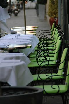 Déjeuner on la terrasse, La Vinoteca, Paris.