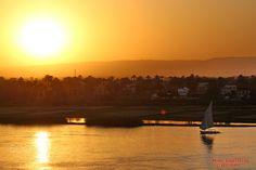 Rio Nilo - Foto do por do sol, na cidade de Luxor Rio Nilo.