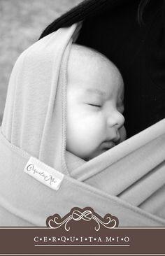 #porteo #babywearing #fular #cerquitamio #portabebes #ergonomicos cerquitamio.com