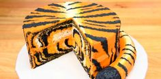 Today I am showing you how to make a surprise inside Tiger Cake. This animal… The post How to Make a Tiger Cake appeared first on Recipe book. Cookies Cupcakes And Cardio, Cupcake Cookies, Tiger Cake, Tiger Tiger, Bengal Tiger, Inside Cake, Orange Buttercream, Safari Cakes, Cake Decorating Tutorials