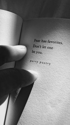 ideas for quotes love truths feelings thoughts Poem Quotes, Lyric Quotes, Sad Quotes, Words Quotes, Best Quotes, Life Quotes, Inspirational Quotes, Favorite Quotes, Life Poems
