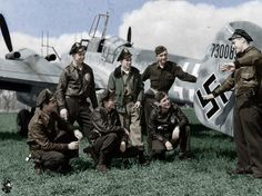 """Leaning on a deadly nocturnal shark"" KB A group of American pilots of the Fighter Squadron U. Robert Hagen tells his comrades about the last air battle. Luftwaffe, Ww2 Aircraft, Military Aircraft, Ww2 Pictures, Ww2 Planes, Battle Of Britain, Fighter Pilot, Military History, Ww2 History"