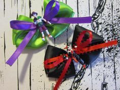 Joker and Harley Quinn Bows Set of 2 by PinkPandemonium on Etsy