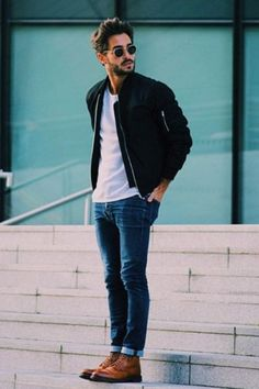Outfits That Are Incomplete Without A Pair Of Blue Jeans