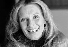 Cloris Leachman, Oscar Winner and TV Comedy Star, Is Dead at 94 - The New York Times She Movie, Movie Tv, Pregnant At 40, Cloris Leachman, Harvey Korman, Mary Tyler Moore Show, Young Frankenstein, Cybill Shepherd, Actor Studio