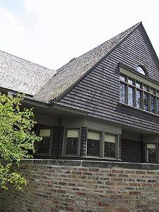About Shingle Style Architecture: Frank Lloyd Wright and Shingle Architecture