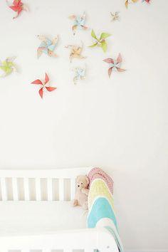 10 ideas para decorar las paredes de un dormitorio de bebé-Mil Ideas de Decoración http://www.milideas.net/10-ideas-para-decorar-las-paredes-de-un-dormitorio-para-bebes?utm_content=bufferb3238&utm_medium=social&utm_source=pinterest.com&utm_campaign=buffer #decoración