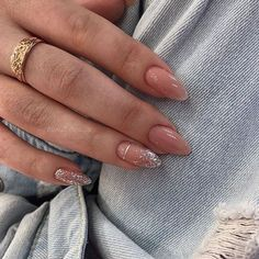 This article gathers the most popular almond nails in the near future, including different patterns, colors and fresh ideas from the manicure. In this article, you can find the nails that you will need for your. The elegant and lovely almond nails Aycrlic Nails, Pink Nails, Hair And Nails, Coffin Nails, Glitter Nails, Oval Nails, Lady Nails, Chic Nails, Toenails