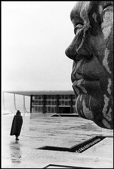 Brasilia 1961 photo by Elliott Erwitt -repinned by Long Beach, CA portrait studio http://LinneaLenkus.com  #bestphotography