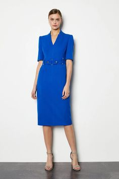 Slip into one of our body-contouring pencil dresses and feel ready to take on the day. From midi to maxi, Bardot to floral – there's one for every occasion. Celebrity Fashion Outfits, Teen Girl Fashion, Uk Fashion, Fashion Design, Celebrities Fashion, Celebrity Style, Spring Couture, Couture Week, Red Carpet Dresses
