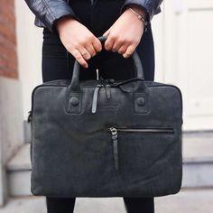 0bd2fb1d021 #laptoptas | #laptopbag | #lerentas | #leatherbag | #laptop | #leer |  #leather | #dstrct | #leatherlicious