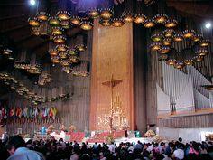 Mass At Basilica de Guadalupe Mexico City D.F. Mexico Travels & Tours, Pictures, Photos, Images, & Reviews.