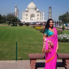by @missesheart #mytajmemory #IncredibleIndia #tajmahal This is one of those days you never forget #fbf #tajmahal #agra #love #travel #wanderlust #bucketlist #travelgram #traveltheworld #travellife #inlove #saree #new7wondersoftheworld #india #iloveindia