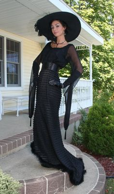 Recollections: Violet Stunning black chiffon and pleated Edwardian gown Witches Costumes For Women, Witch Costumes, Halloween Costumes, Halloween Table, Halloween Signs, Halloween Halloween, Vintage Halloween, Halloween Makeup, Edwardian Gowns