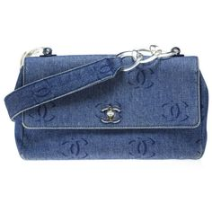 Chanel Pre-owned Chanel Denim Flap Bag (€860) ❤ liked on Polyvore featuring bags, handbags, shoulder bags, blue, clear purse, blue shoulder bag, blue purse and purse