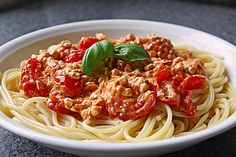 Hüttenkäse - Kirschtomaten - Spaghetti (Rezept mit Bild) | Chefkoch.de
