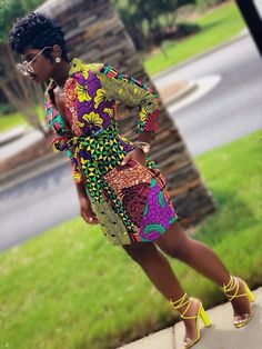Dope African print Ankara Dress Short Ankara Kimono Dress With Beautiful Colors And Patterns African Inspired Fashion, Latest African Fashion Dresses, African Print Dresses, African Print Fashion, African Dress, African Clothes, Ankara Fashion, Africa Fashion, African Prints