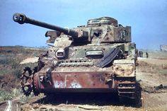 Carro de combate medio Panzer IV (Sd.Kfz. 161) destruido 1943