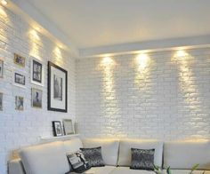 Gypsum tiles imitating stone or brick. How are they arranged? Brick Interior, Interior Walls, Interior Design, Small Apartment Interior, Apartment Renovation, Indian Living Rooms, Home And Living, Home Room Design, House Design