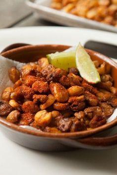 Fried Hominy | Recipes | journalstar.com Snack Recipes, Cooking Recipes, Snacks, Hominy Recipes, Mexican Potluck, Redneck Recipes, Chili Spices, Latin Food, Fries
