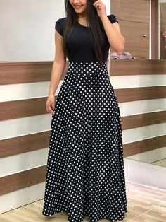 Long maxi dress with black short sleeves and white polka dots design. Such a cut… Long maxi dress with black short sleeves and white polka dots design. Such a cute and safe outfit! Trendy Dresses, Nice Dresses, Casual Dresses, Short Dresses, Fashion Dresses, Dress Long, Dresses For Ladies, Casual Clothes, 1950s Dresses