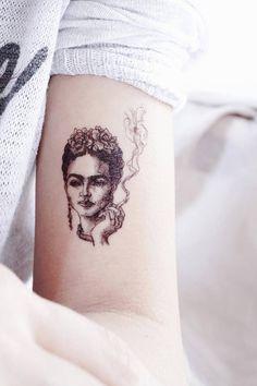 Tatouage de Frida Kahlo tatouages Portrait paresseux DUO