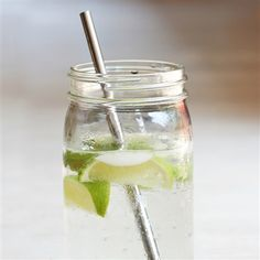 One Stainless Steel Straw Metal Straws, Stainless Steel Straws, Free Plants, Fruit Smoothies, Smoothie Recipes, Brush Cleaner, Mild Soap, Food Grade, Drinking